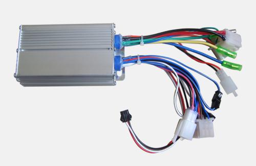 器件清单:精密温度测量,精密电源给定,用数字电路产生指定的精密电压